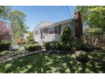 103 JERSEY STREET,Marblehead,Massachusetts 01945,3 Bedrooms Bedrooms,2 BathroomsBathrooms,Single family,JERSEY STREET,72326976