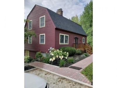 252 Holland Rd,Sturbridge,Massachusetts 01518,3 Bedrooms Bedrooms,2 BathroomsBathrooms,Single family,Holland Rd,72398098